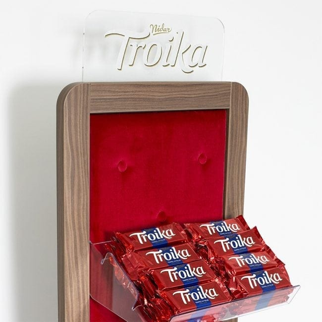 Troika candy display